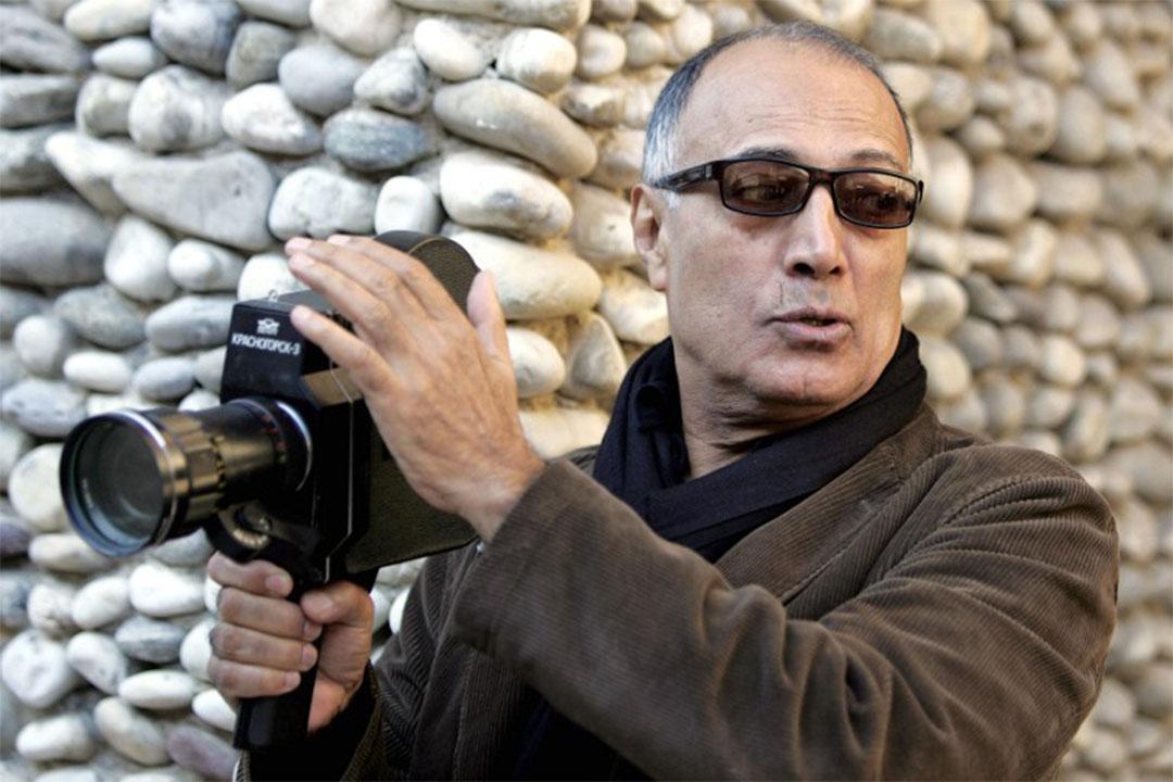 2016年7月4日,伊朗電影導演Abbas Kiarostami在巴黎逝世。圖為2007年時Abbas Kiarostami在法國尼斯一間藝術學院授課。