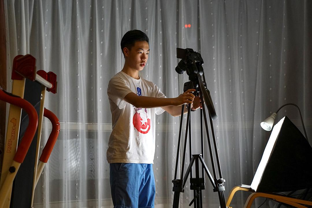 沈聲瀚對於攝影也有濃厚興趣,魔術影片製作也越來越精進。