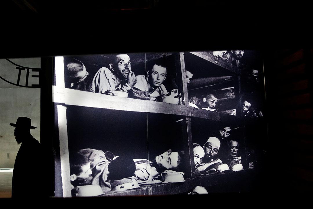 艾利維瑟爾15歲時被關進關進奧斯威辛集中營。 圖為以色列猶太大屠殺紀念館展品。