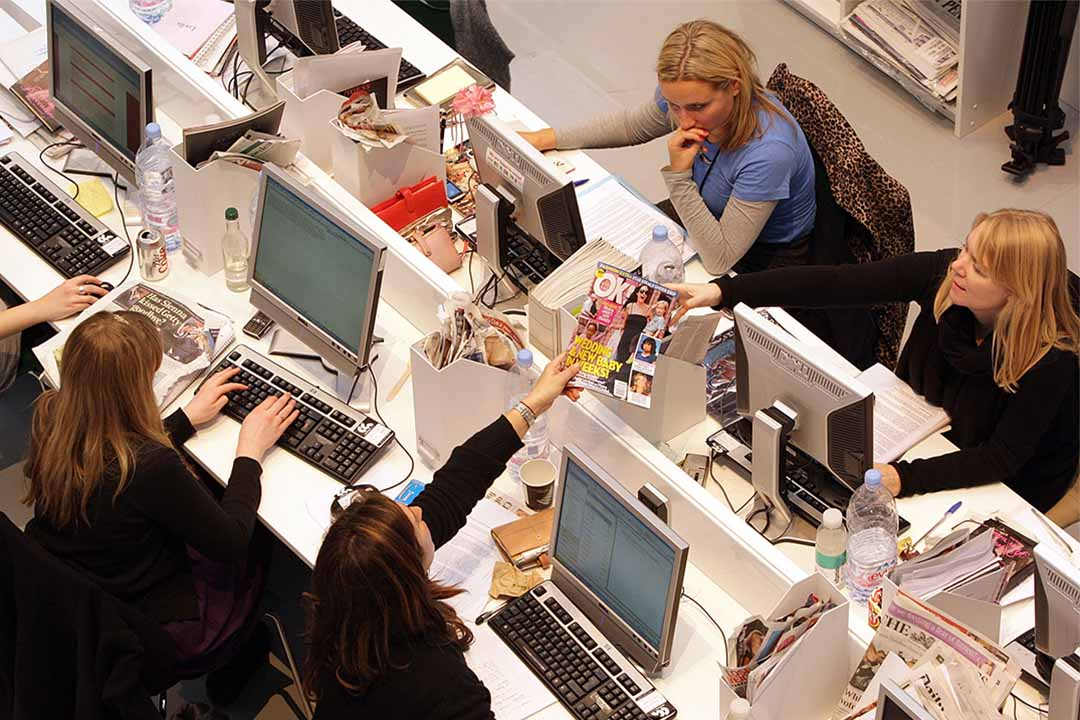 圖為一家時裝雜誌的辦公室。
