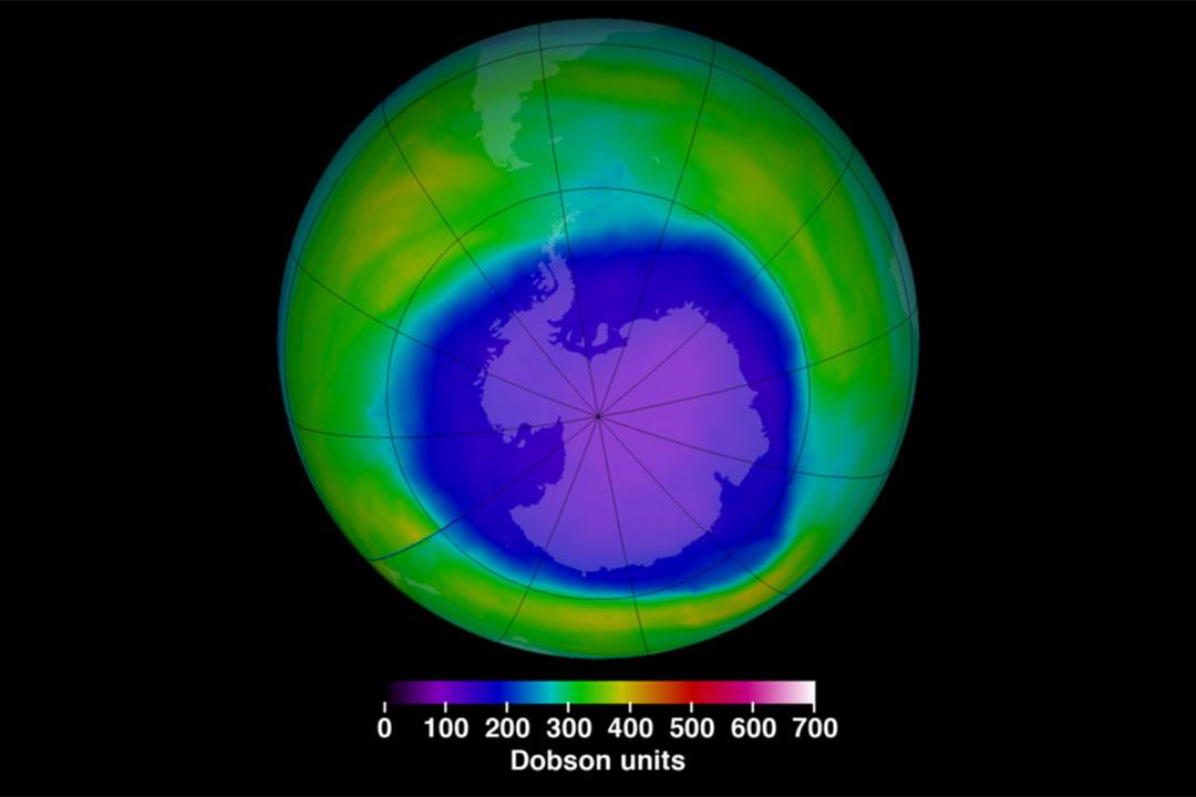 2015年10月的臭氧層破洞面積。