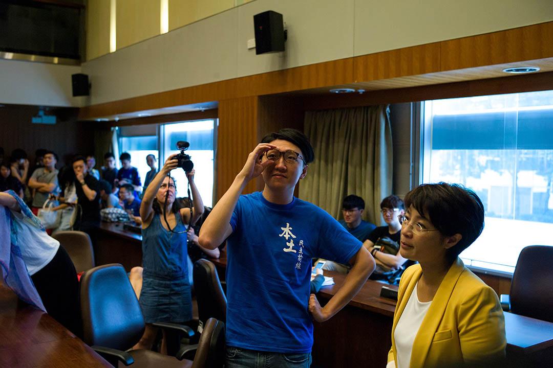 2016年7月17日,梁天琦在立法會選舉提名期開始首日報名參選,並表示不會簽署確認書。