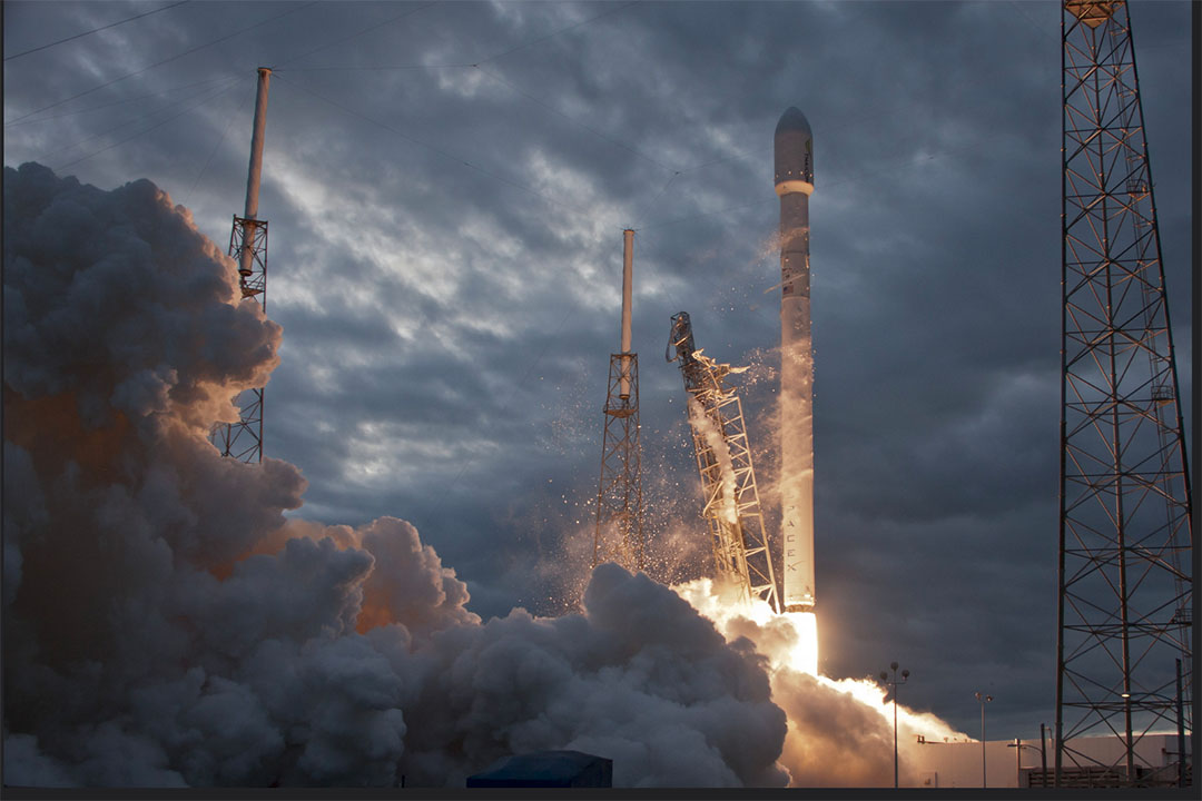 SpaceX發射了6 THAICOM衛星。