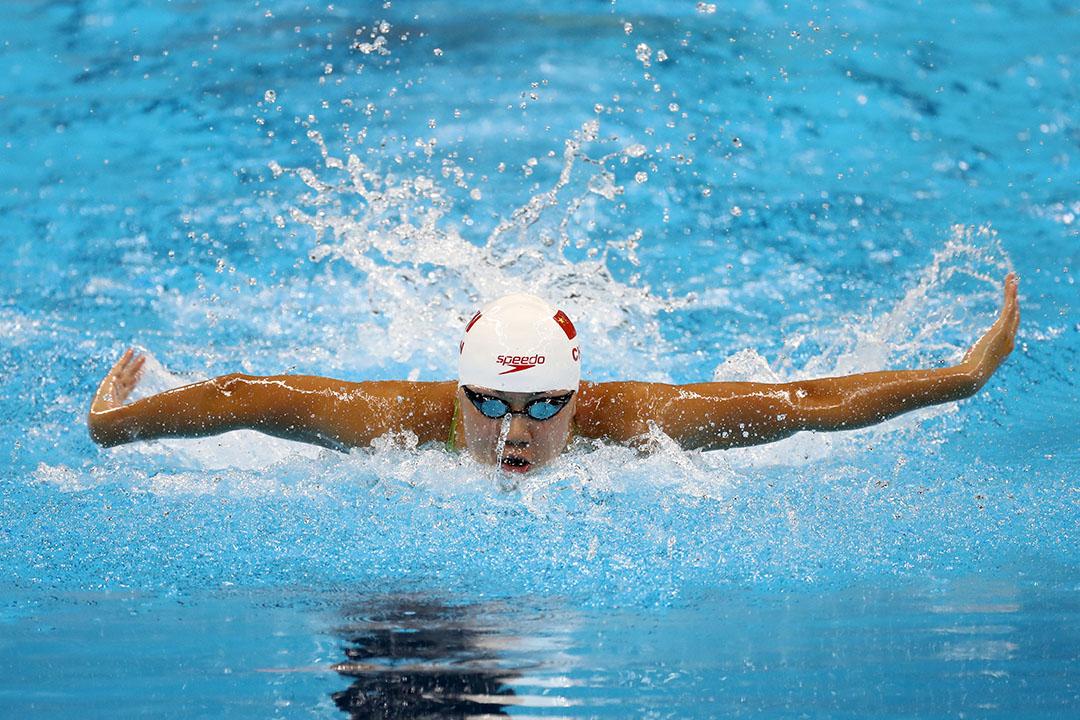 參加里約奧運100米蝶泳的中國女泳手陳欣怡。