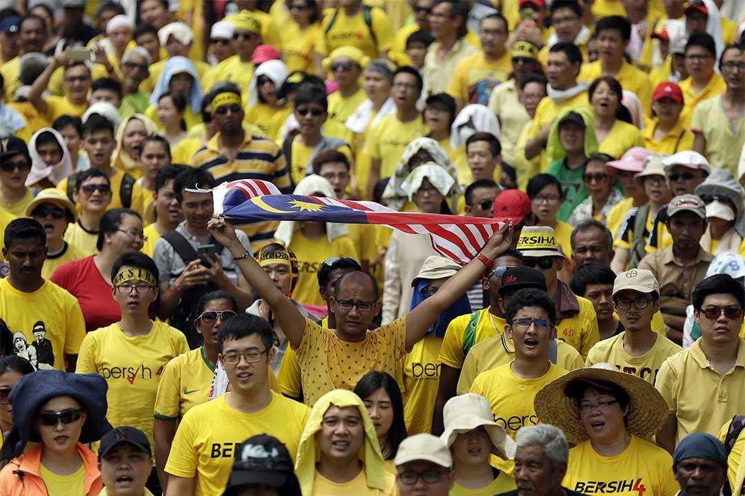 2015年8月30日,馬來西亞吉隆坡,數萬名示威者參加馬來西亞「乾淨與公平選舉聯盟」(淨聯盟)的集會,要求首相納吉辭職。