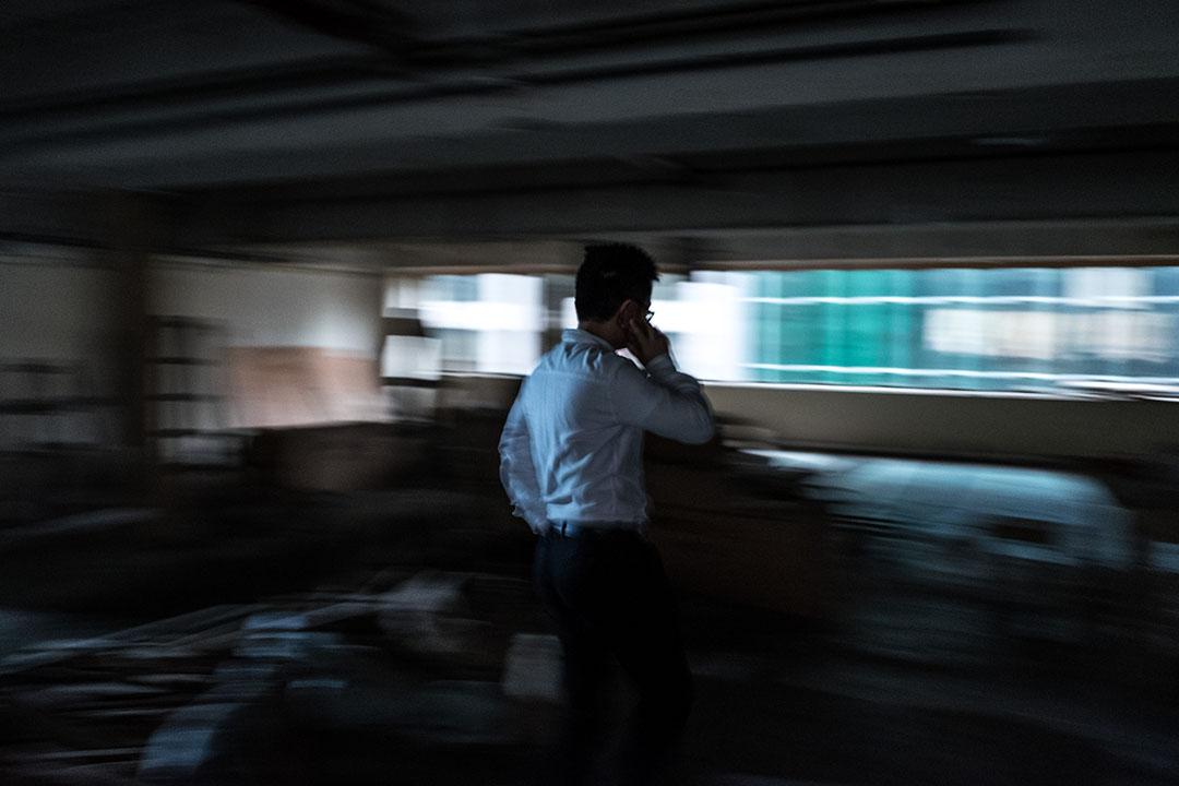 因為今年新增了職業戰隊《皇室戰爭》以及新同事,鍾培生於中環租用了面積更大的新辦公室。