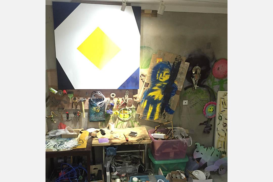 原田透的工作室。