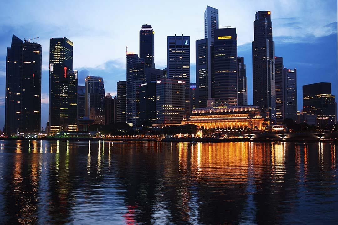 在新加坡修讀博士課程的幾年間,李祖喬在生活和學校裏發展出他「認識世界的方式」。圖為新加坡夜景。
