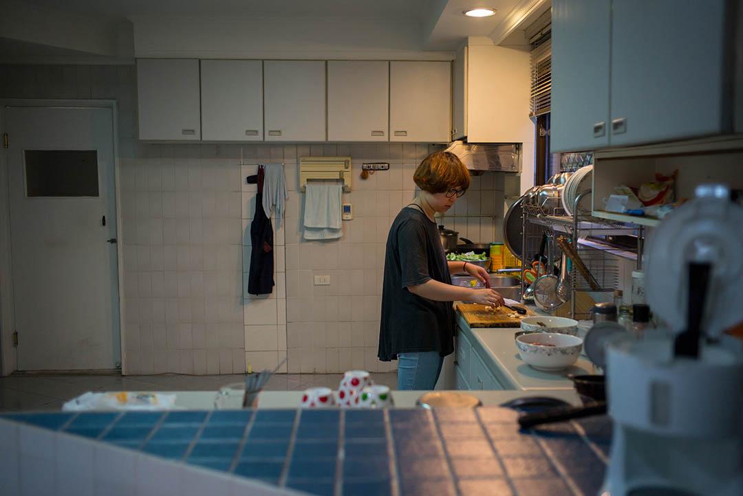 HKE戰隊的副領隊毛毛同時負責照顧隊員,周六日更會下廚給一眾隊員。