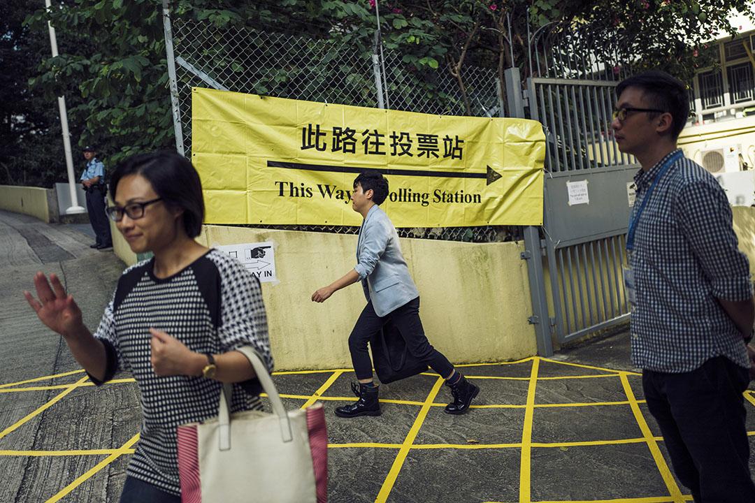 根據選舉事務處發佈的新聞公報,審裁官由司法人員出任,主要負責為未能識辨的可疑個案「作公開和公平的裁決」和「批准更新地址」。