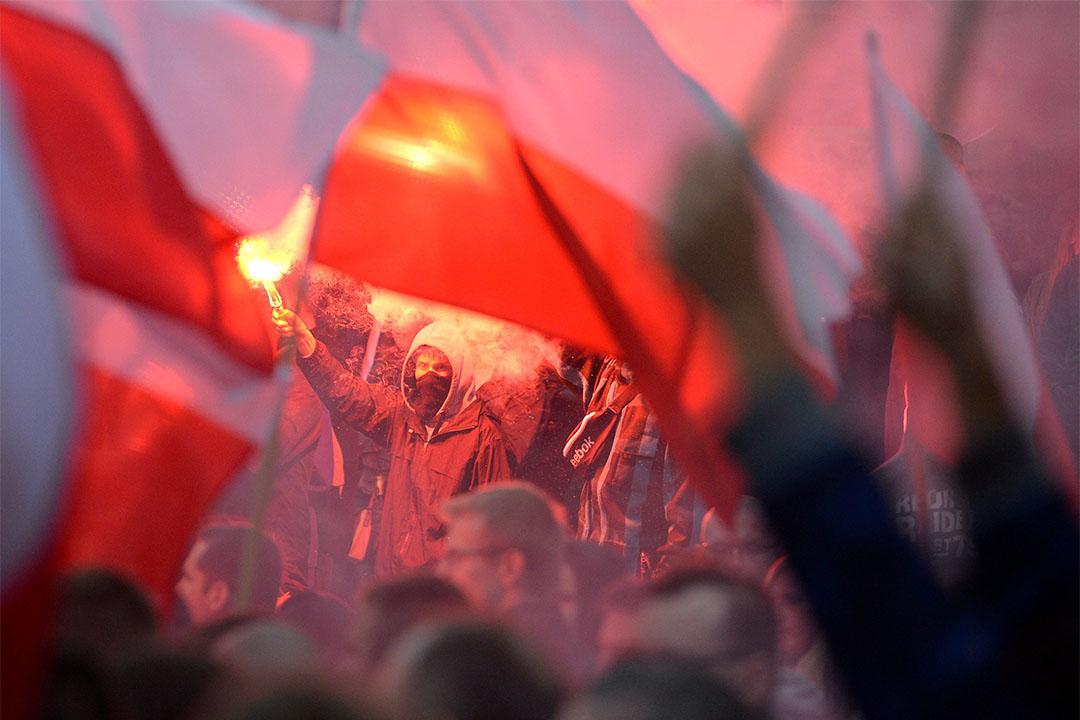 2015年9月12日,波蘭華沙,反對移民的群眾聚集示威,抗議波蘭政府接收叙利亞及北非難民的決定。