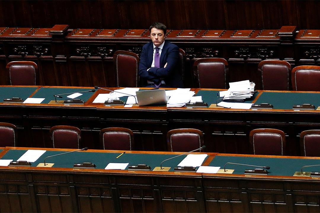 意大利確定憲法公投時間。圖為意大利總理Matteo Renzi坐在下議院。
