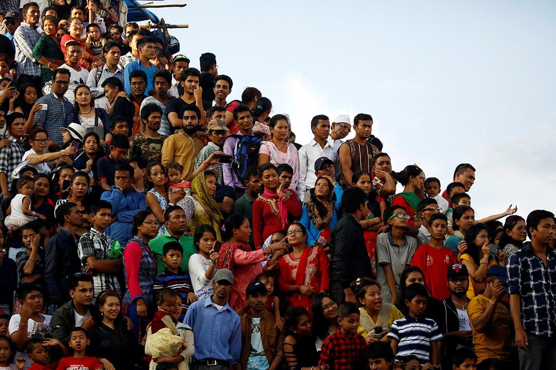 尼泊爾,市民在觀看一場民俗活動。