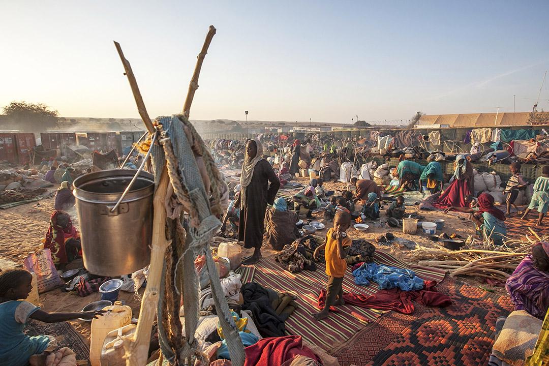 達爾富爾流离失所的平民。