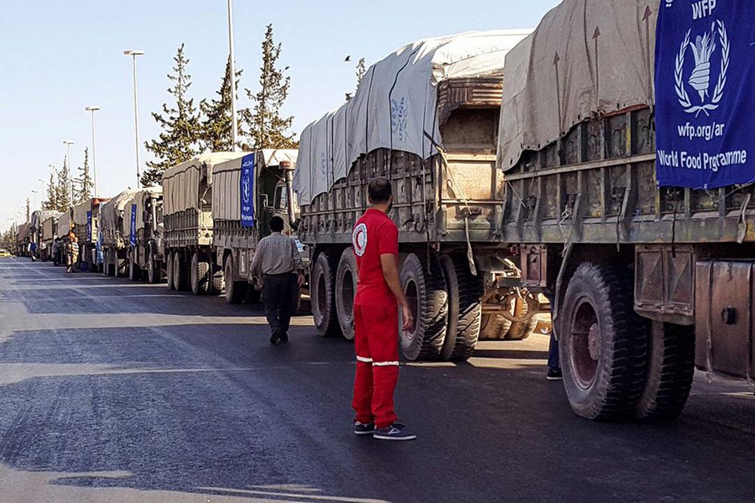 2016年9月19日,敘利亞,31輛運送救援物資車到達阿勒頗西部農村。