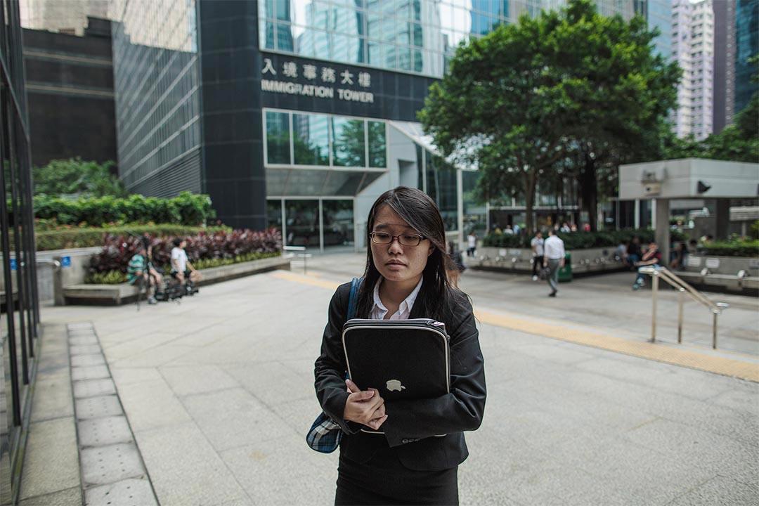 就讀政治學與法學的梁麗幗上月已經完成實習,她期望將來成為一個主力於人權法方面的律師。