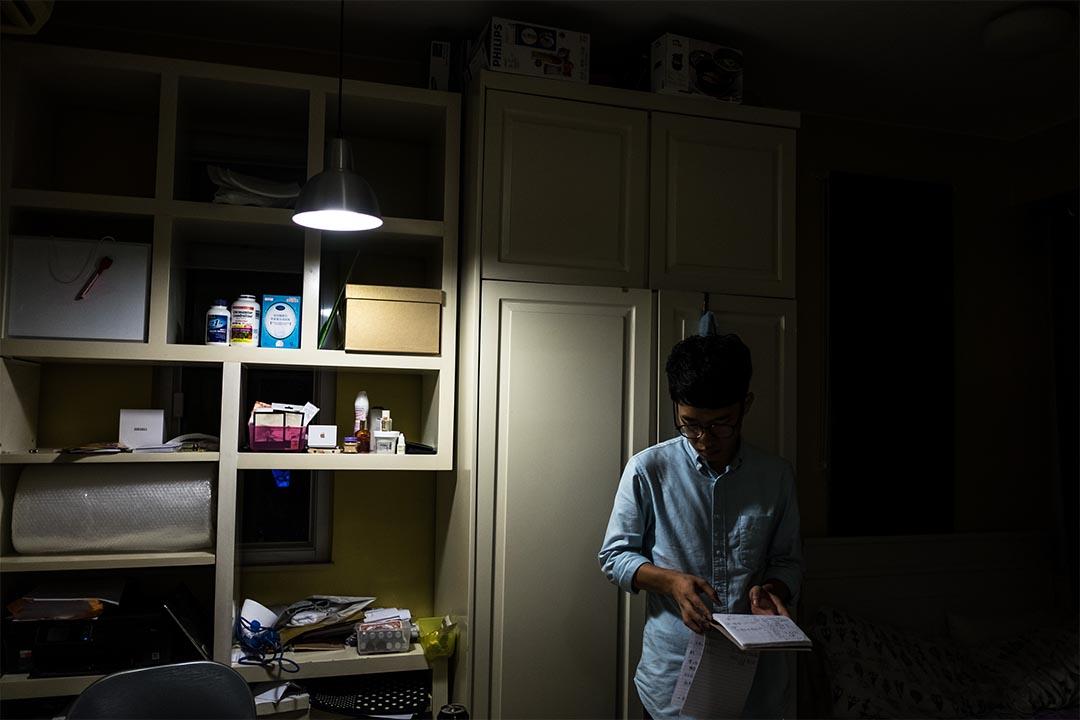 2016年8月14日,羅冠聰在一間茶餐廳內拍攝宣傳片,羅在準備拍攝,拍攝持續至翌日零晨。約零晨二時羅回住所休息。