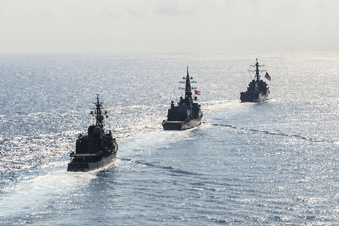 美日聯合在南海軍演。