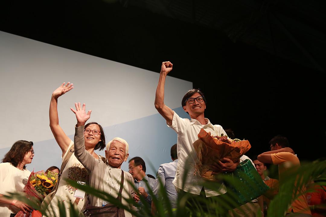 朱凱迪以多達84,121票當選,於今屆立法會選舉成為票王。