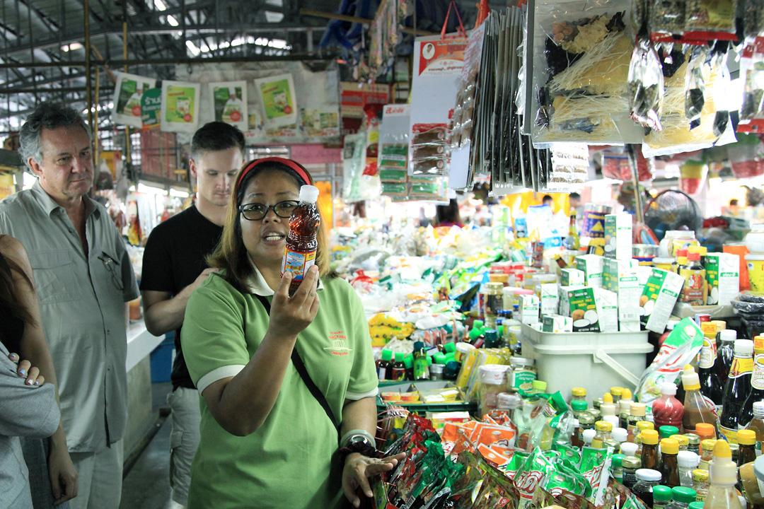 有機農莊料理學校帶我們到訪位於古城東北方的Ruam Chok Market。