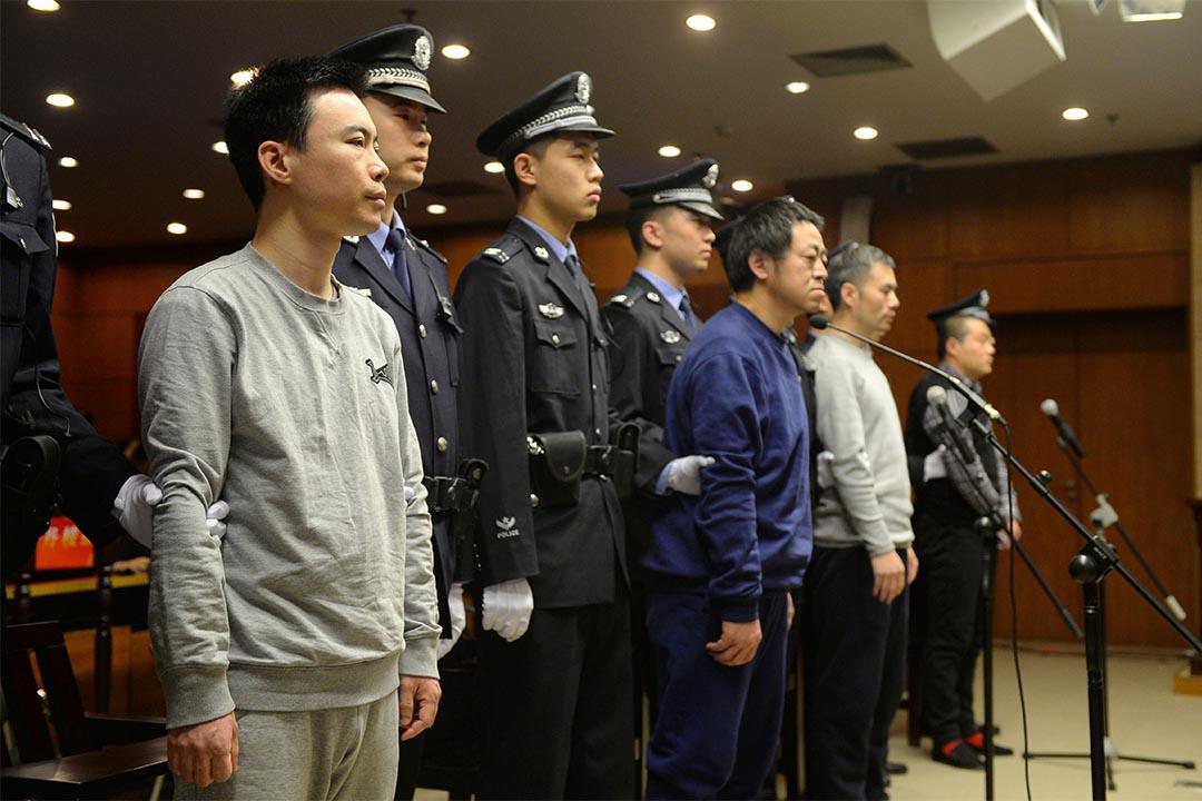 2016年1月7日,中國北京,快播行政總裁王欣出庭受審。