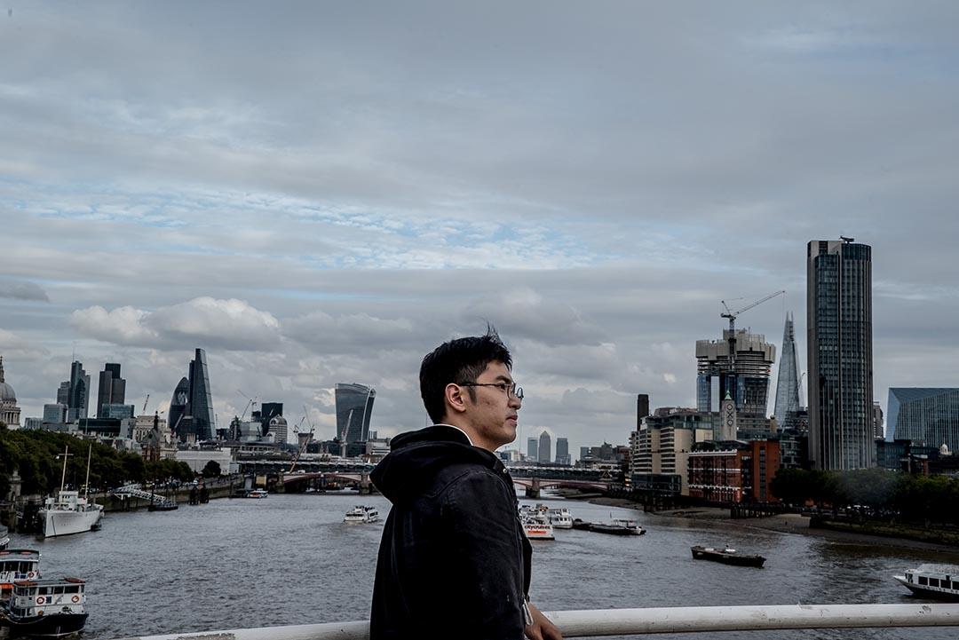 周永康在英国伦敦政治经济学院研读硕士课程。
