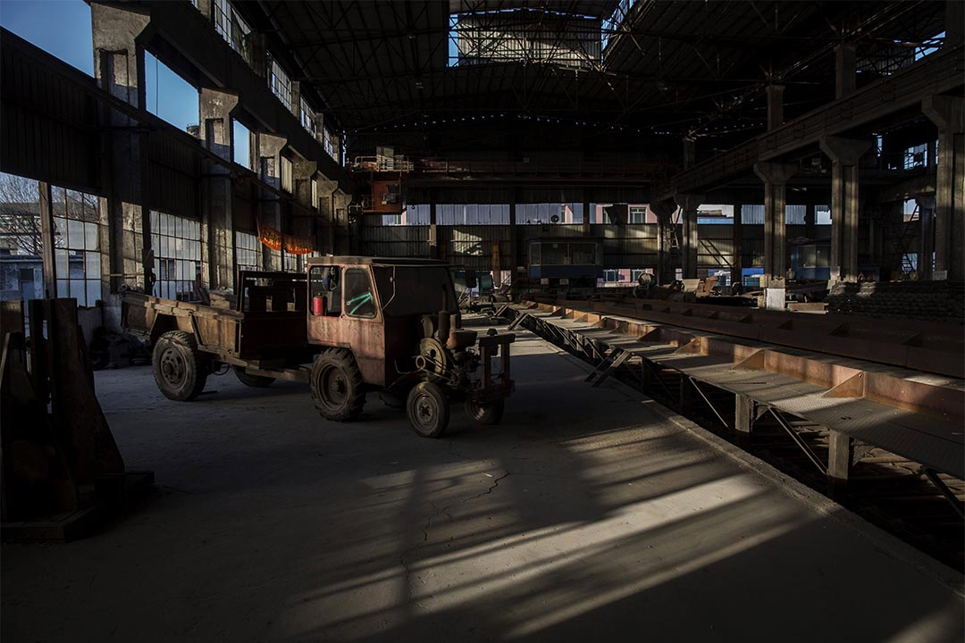 圖為中國唐山一間廢置的鋼鐵廠。