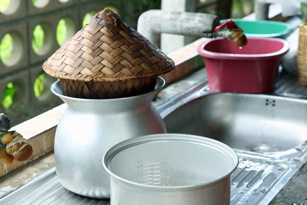 泰國人煮米的傳統蒸籠。