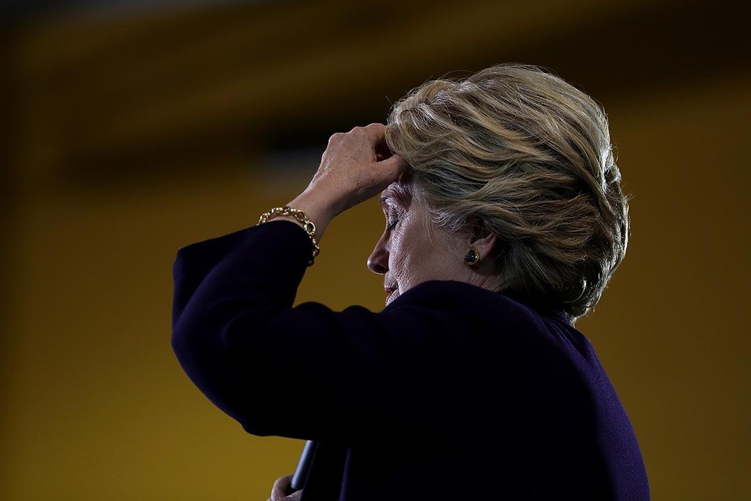 維基解密披露的郵件顯示希拉莉的副總統人選包括Bloomberg、Tim Cook、Bill Gates。圖為2016年10月18日,民主黨總統候選人希拉莉在競選活動中發言。