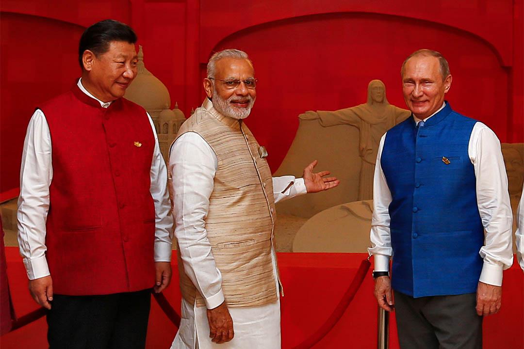 2016年10月15日,中國國家主席習近平、印度總理莫迪、俄羅斯總統普京在金磚領導人峰會 (BRICS 2016) 前見媒體。