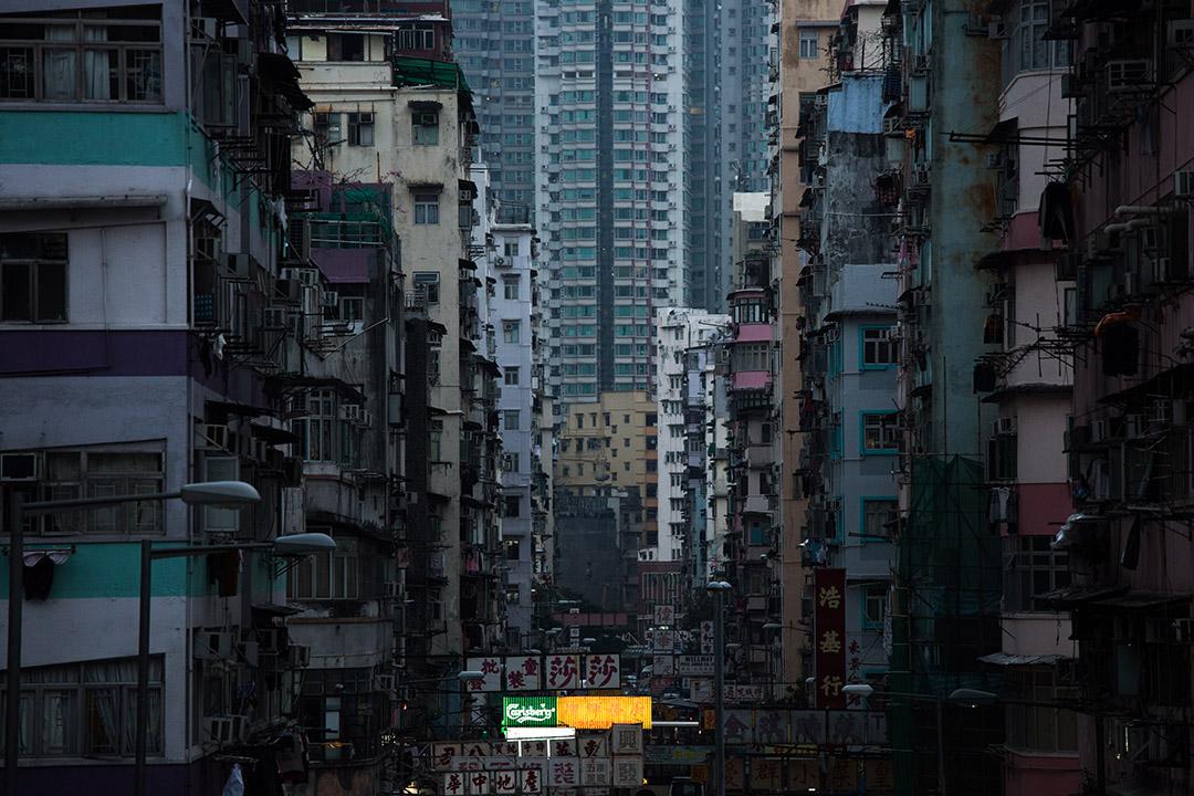 市區舊樓有重建價值,雖然時間較長,但發展成本較買地發展低。