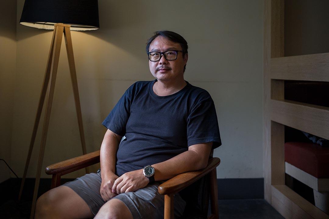 馬立群:台灣的新聞攝影目前處於一個停滯的狀態,就是,年輕人太少,然後有些老攝影師的退休了--這是一個青黃不接的階段。