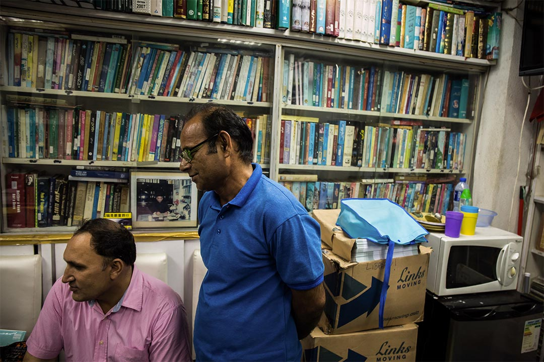 Sagar Library空間不大,但常有巴基斯坦同鄉甚至Sagar先生的員工來閱讀書籍。