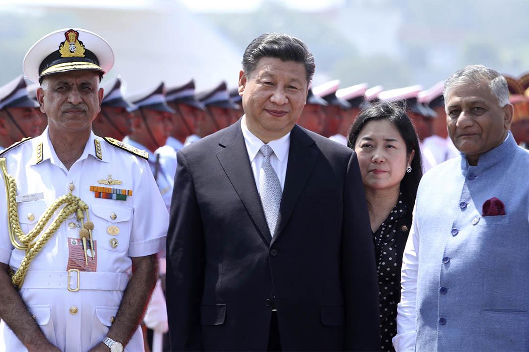 2016年10月15日,中國國家主席習近平在印度出席金磚領導人峰會 (BRICS 2016) 時觀賞舞蹈表演。