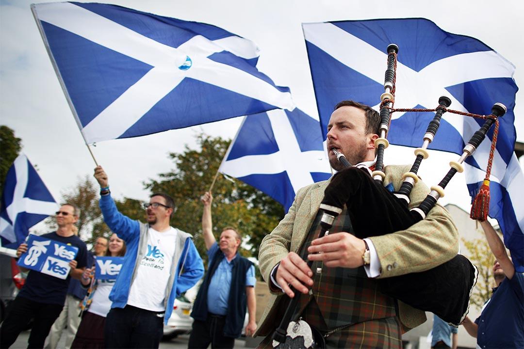 2014年9月16日,蘇格蘭格拉斯哥,人們在獨立公投前最後兩天聚集,表示支持蘇格蘭獨立。