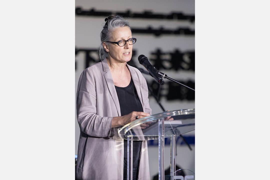 策展人 Corinne Diserens。