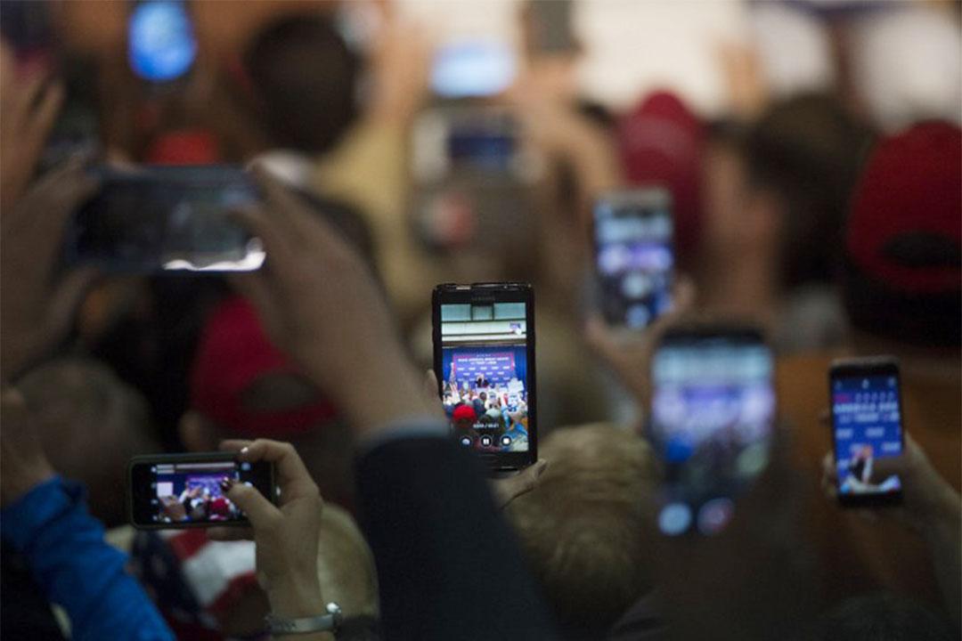 Electionland 會使用社交媒體上的數據來追蹤投票過程中出現的問題。