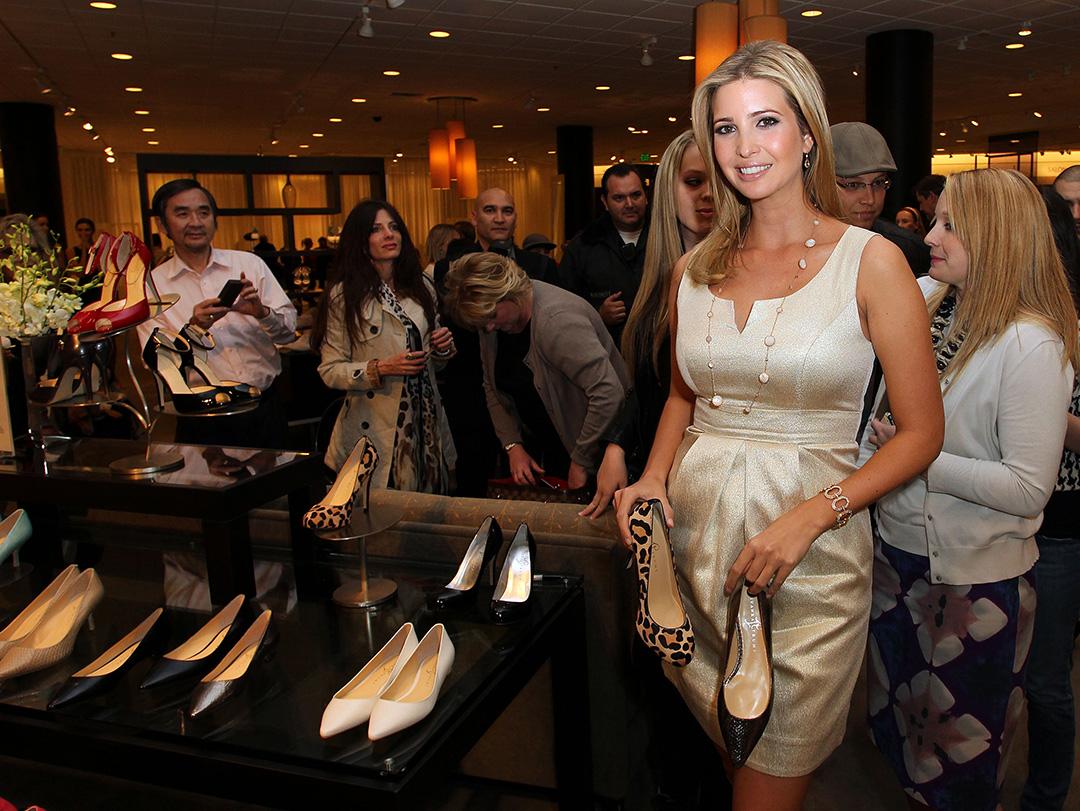特朗普女兒伊凡卡·特朗普(Ivanka Trump )為旗下女裝鞋品牌作宣傳。