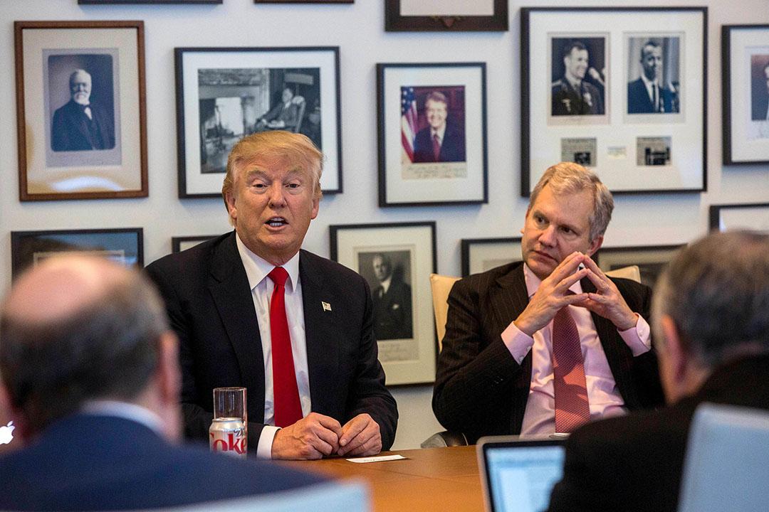 2016年11月22日,紐約,美國候任總統特朗普到訪紐約時報總部與該報編輯及記者會談。