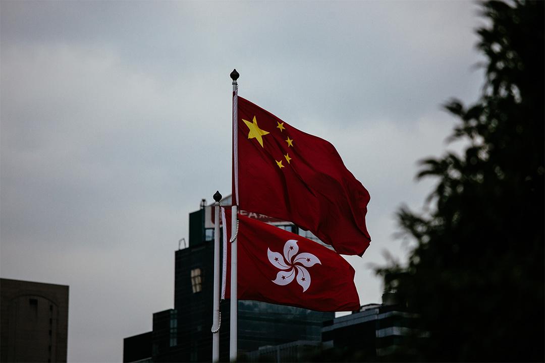 吳靄儀:憲法文件的莊嚴,基本法在香港及國際應受的尊重,必然在於當權者對基本法的條文及精神的尊重,如果隨時任由人大解釋,那又有什麼莊嚴可言?