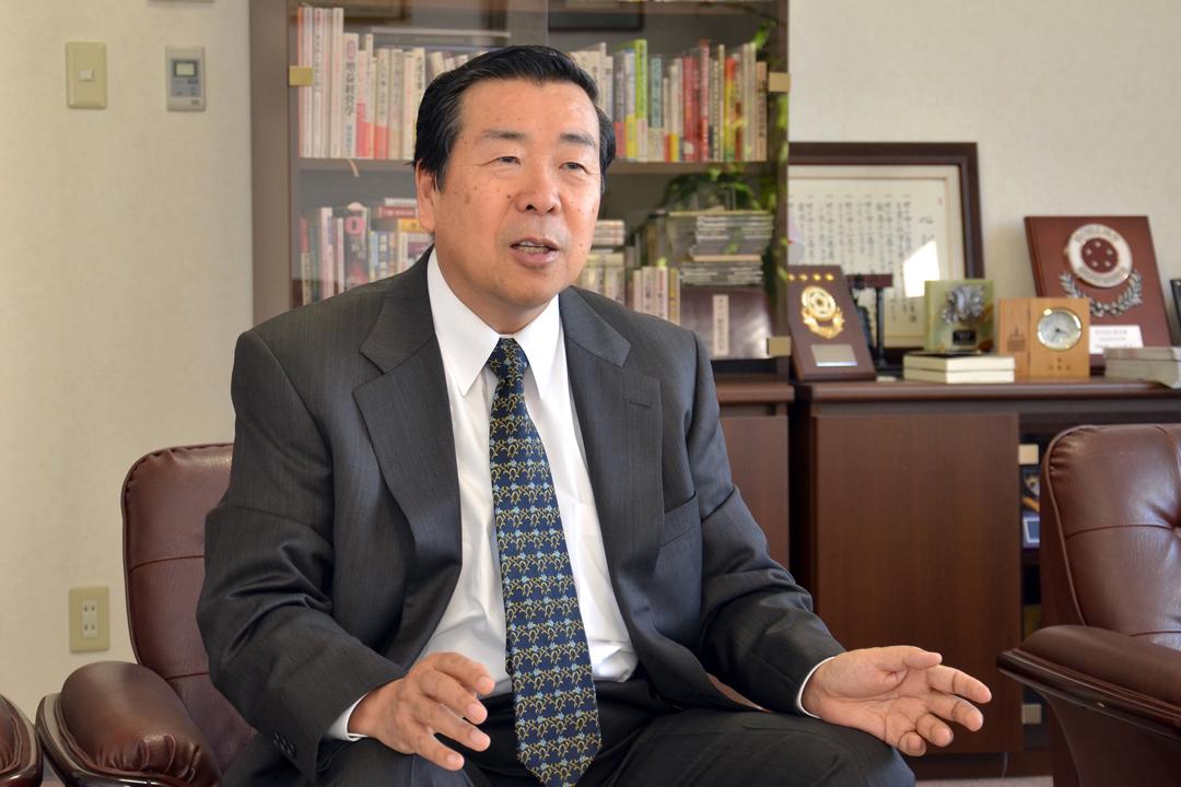 柳月現任社長田村昇。