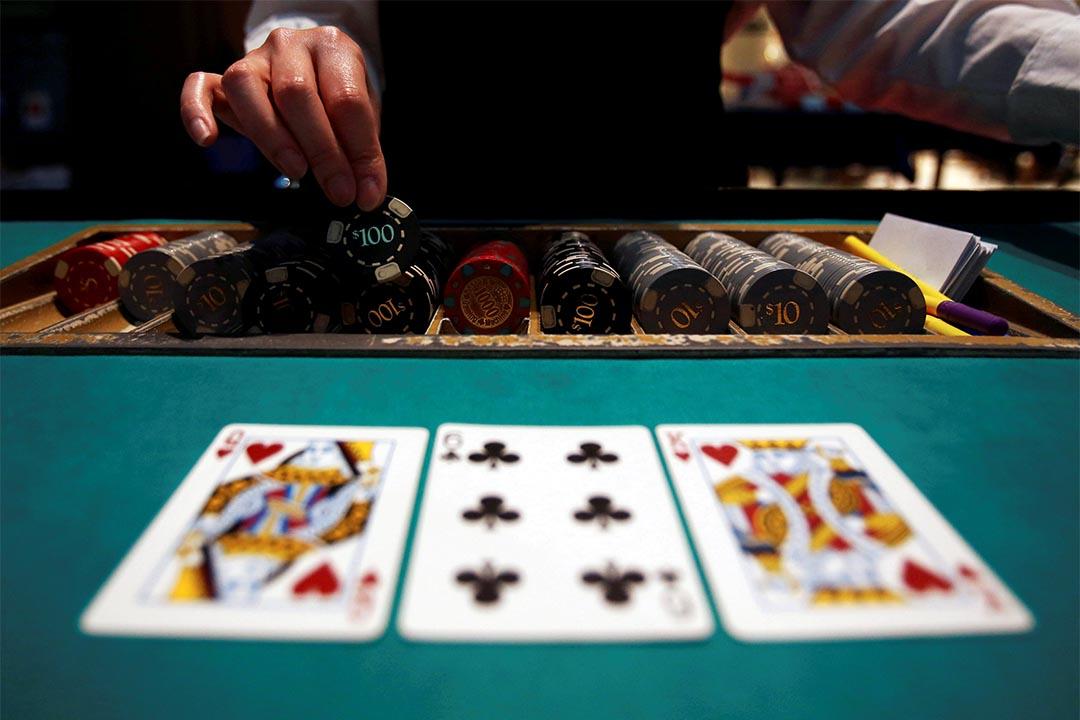 日本參議院通過賭場法案。
