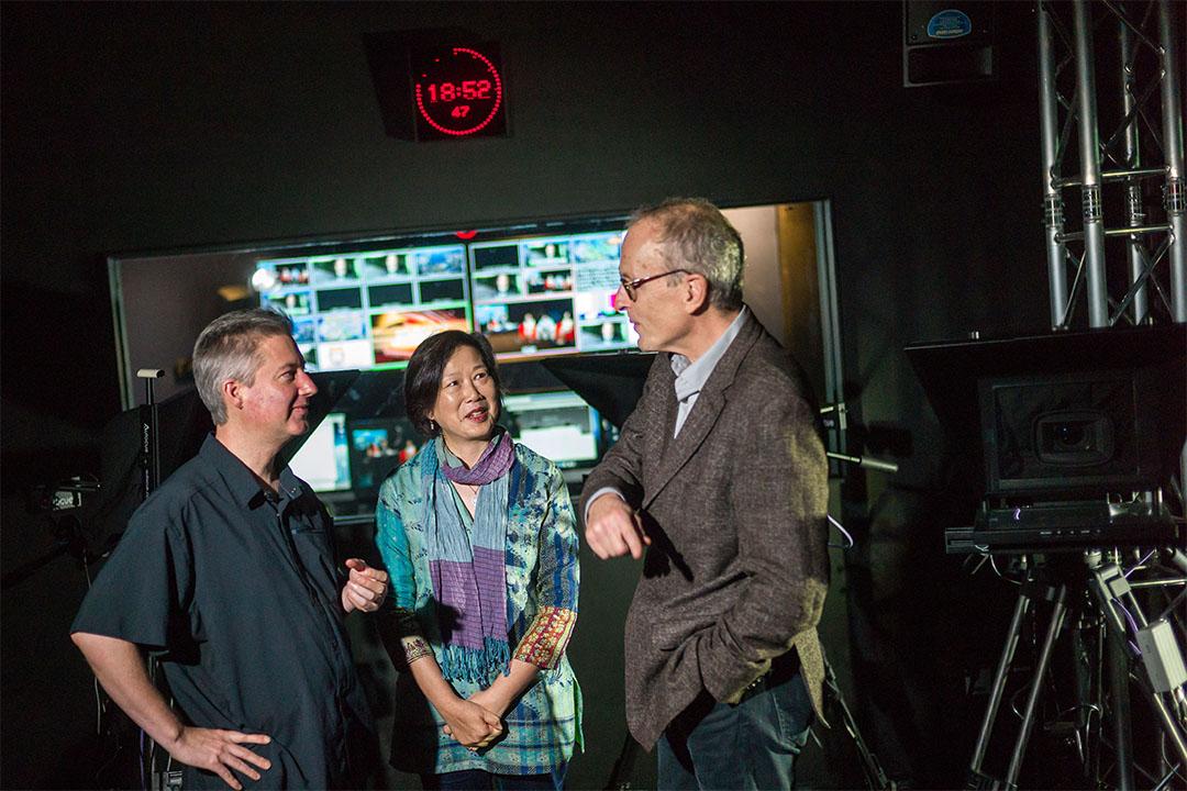 James Longley與Thomas Lennon兩位導演在楊紫燁教授(Ruby Yang)主持引領,在座談會中道出影片背後的理念和拍攝時面對的掙扎、取捨,以及如何用紀錄片去說一個故事。