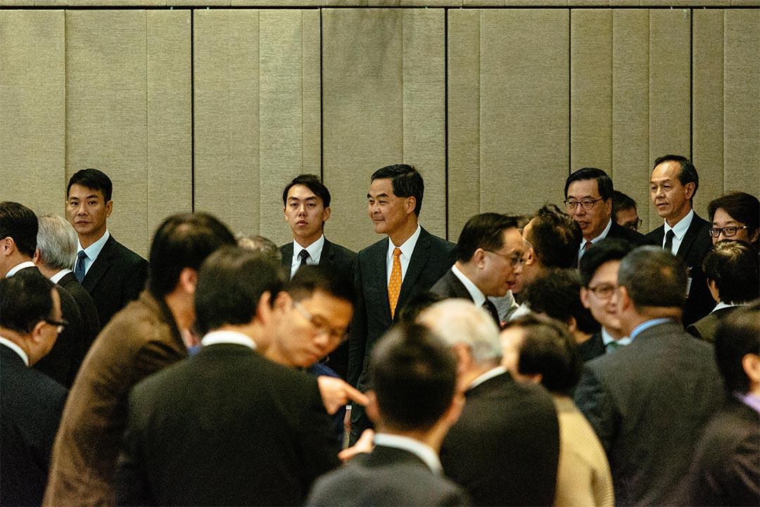 2016年11月29日,梁振英出席立法會酒會。
