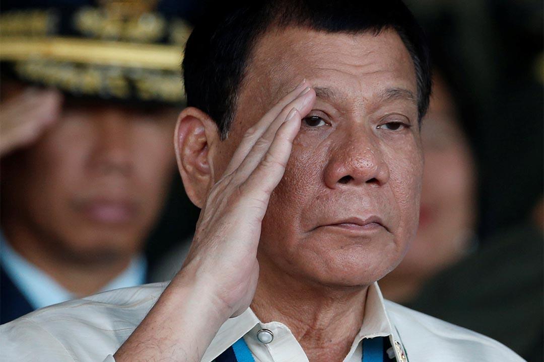 2016年12月21日,菲律賓總統杜特地出席一個軍事活動。