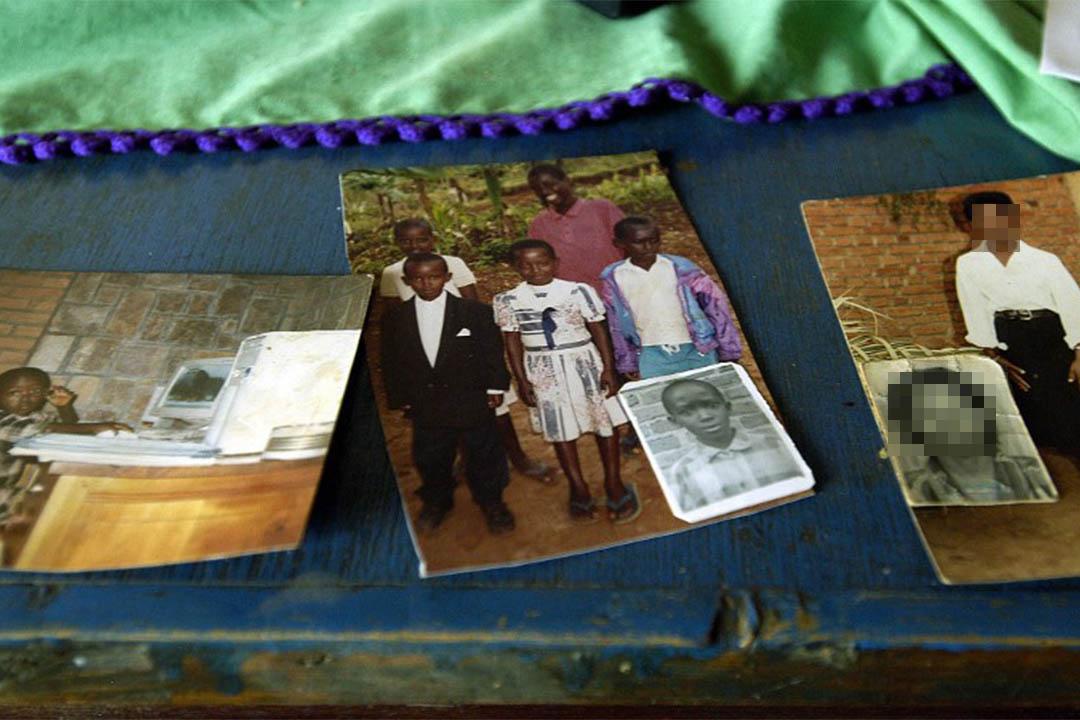 一個盧旺達大屠殺中被強姦的受害者的家庭照。