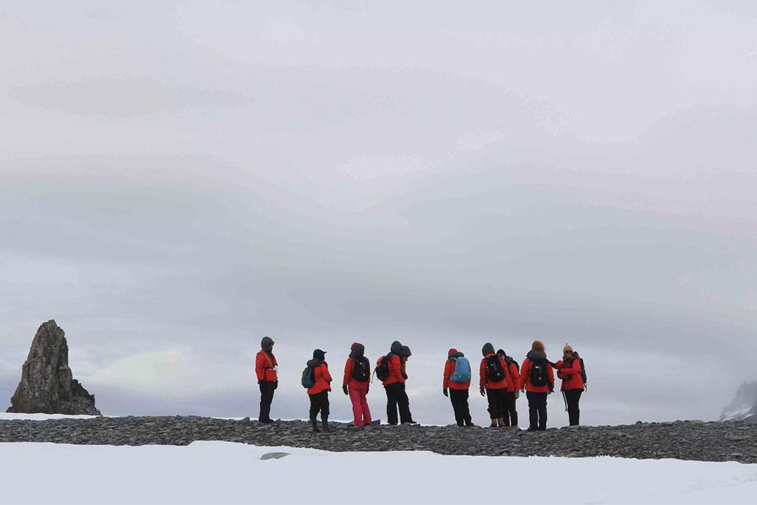 最大規模全女性南極科學探險團隊遠征南極洲。
