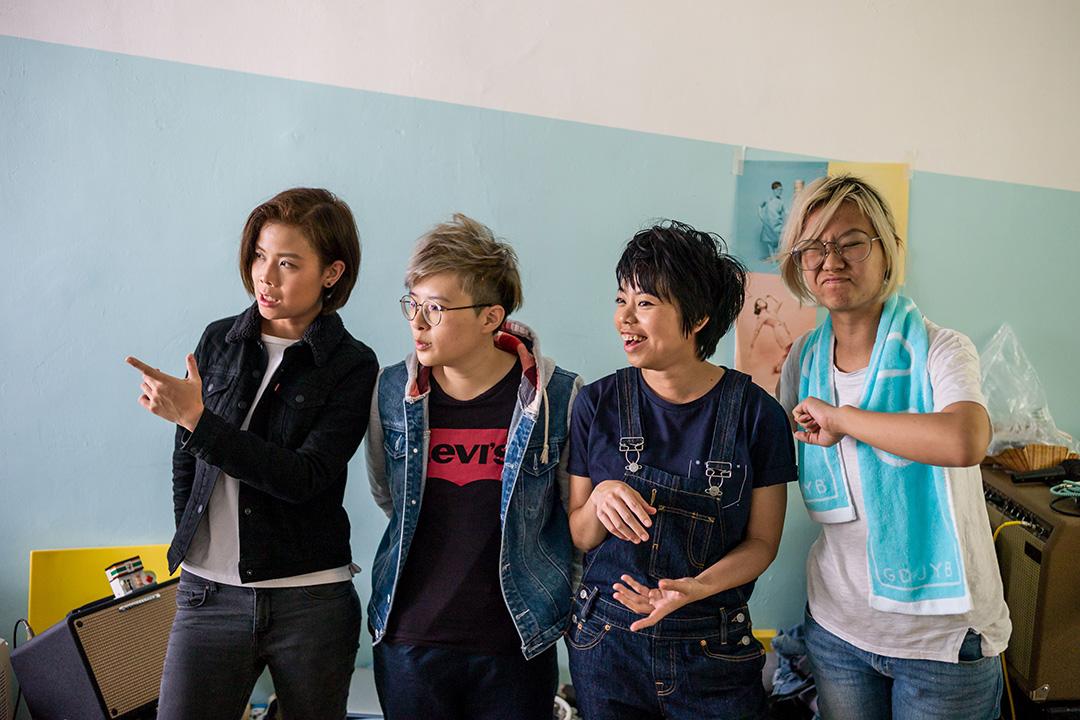 本地獨立樂隊「雞蛋蒸肉餅」(GDJYB)。左起-Heihei, Soft ,YY 及Soni。