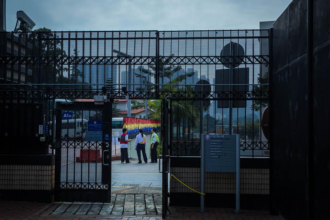 醫院於開放日加派了保安人手應付人流。