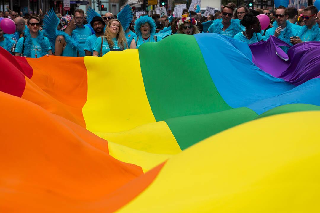 馬耳他成為首個禁止「同性戀治療法」的歐洲國家。圖為2015年6月27日,人們參與同志遊行。